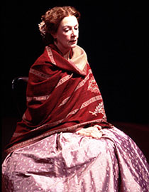 Jane Alexander in Mourning Becomes Electra(Photo: T. Charles Erickson)