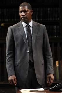 Dennis Haysbert in Race