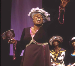 Lillias White in Crowns(Photo © Joan Marcus)