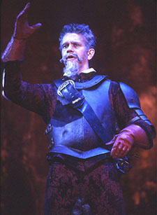 Brian Stokes Mitchell as Don Quixotein Man of La Mancha(Photo: © Joan Marcus)