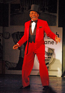 Andre De Shields in Damn Yankees