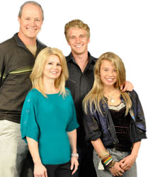 The cast of Yellow