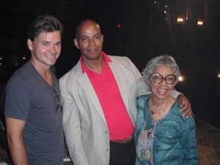 Hunter Foster, Guy Davis, and Ruby Dee (© Courtesy of the Company)