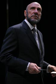 F. Murray Abraham in  The Merchant of Venice (© Gerry Goodstein)