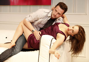 Eddie Kaye Thomas and Tracee Chimo