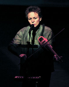 Laurie Anderson in Delusion (© Leland Brewster)