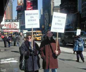 Musicians of Local 802 picketing in Times Square this morning(Photo: © Matthew Murray)