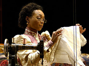 Shané Williams in Intimate Apparel(Photo: © Richard Anderson)