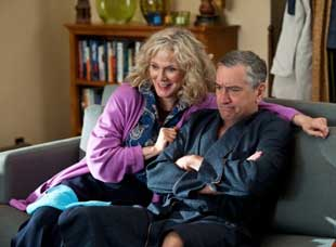 Blythe Danner and Robert DeNiro in Little Fockers