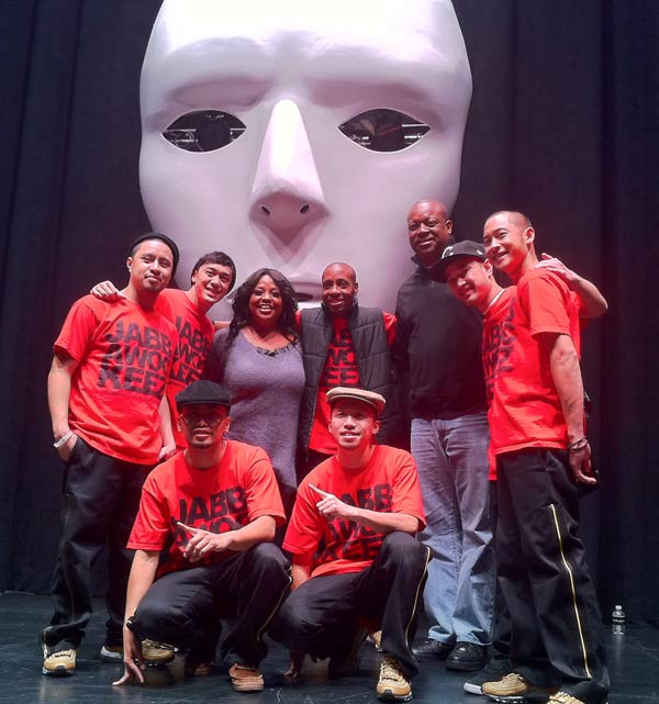 Sherri Shepherd with the cast of Jabbawockeez' M&Uuml;S.I.C.