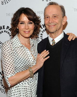 Jennifer Grey and Joel Grey (© Kevin Parry/The Paley Center for Media)