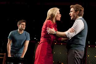Kyle Dean Massey, Marin Mazzie, and Jason Danieleyin Next to Normal (© Joan Marcus)