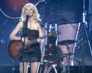 Gywneth Paltrow in Country Strong (© Scott Garfield)