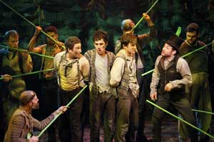 A scene from Peter and the Starcatcher (© Joan Marcus)