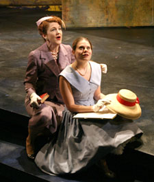 Victoria Clark and Celia Keenan-Bolgerin The Light in the Piazza(Photo © Chris Bennion)
