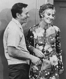 Brett as Blanche in an episode of The Odd Couple, with Jack Klugman