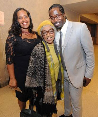 Producer Jewel Kinch-Thomas, Ruby Dee, and Daniel Beaty