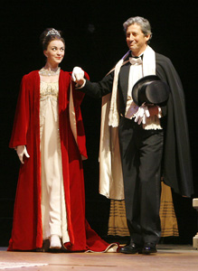 Lisa O'Hare and Charles Shaughnessy in My Fair Lady (© Paul Lyden)