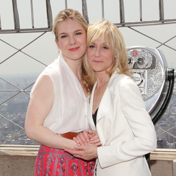 Lily Rabe and Judith Light (© Tristan Fuge)