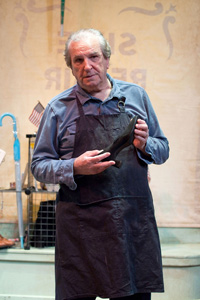 Danny Aiello in The Shoemaker