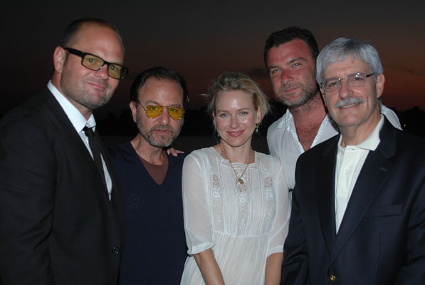 Chris Bauer, Fisher Stevens, Naomi Watts, Liev Schreiber, and Frank Filipo