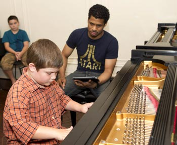 Chester Gregory with student Luca Lallonardi