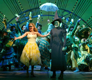 Wicked women: Kristin Chenoweth, Idina Menzel, and cast(Photo © Joan Marcus)