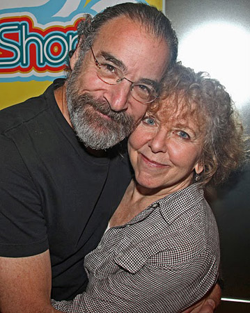 Mandy Patinkin and Kathryn Grody (© Walter McBride)