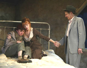 Jeremiah Miller, Lacey Kohl, and John Cullum in Wilder(Photo © Joan Marcus)
