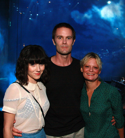 Shannon Woodward, Garret Dillahunt, and Martha Plimpton