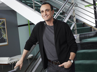 Hank Azaria in Free Agents