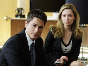 Rob Lowe and Calista Flockhart in Brothers & Sisters (© ABC)