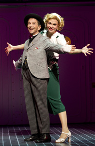 Joel Grey and Sutton Fosterin Anything Goes (© Joan Marcus)
