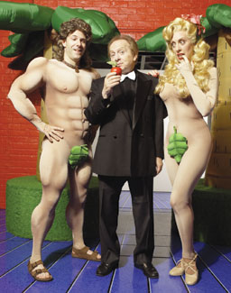 Darrin Baker, Jackie Mason, and Ruth Gottschallin Laughing Room Only(Photo &copy; Bill Milne)