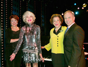 Donna McKechnie, Carol Channing, and Kitty Carlisle Hartwith Glen Roven(Photo © Joseph Marzullo)