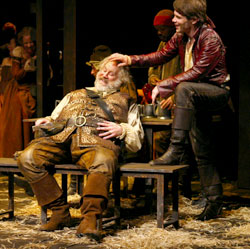 Kevin Kline and Michael Hayden in Henry IV(Photo © Paul Kolnik)