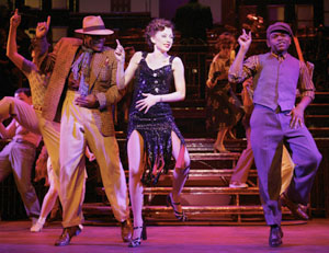 Devin Richards, Donna Murphy, and J.D. Websterin Wonderful Town(Photo © Paul Kolnik)