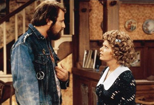 Rob Reiner and Sally Stuthers in All in the Family