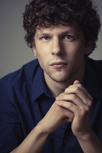 Jesse Eisenberg ( John Russo)