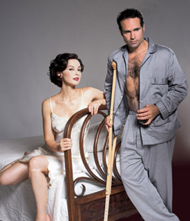 Ashley Judd and Jason Patric in a publicity photofor Cat on a Hot Tin Roof(Photo © Jean-Marie Guyaux)