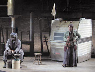 Oberon K.A. Adjepong and Gwendolyn Mulambain Mother Courage and Her Children(Photo © Troy Hourie)
