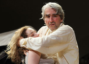 Kristen Connolly and Sam Waterston in King Lear