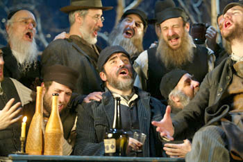 Alfred Molina (center) and cast in Fiddler on the Roof(Photo &copy; Carol Rosegg)
