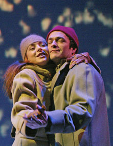 Alyson Hannigan and Luke Perryin When Harry Met Sally(Photo © Alastair Muir)