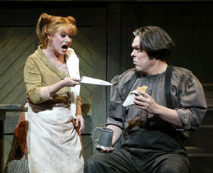 Elaine Paige and Mark Delavan in Sweeney Todd(Photo © Carol Rosegg)
