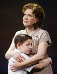 Beth Fowler and Mitchel David Federanin The Boy From Oz(Photo © Joan Marcus)