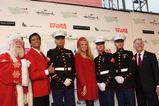 Santa Claus, Erik Estrada, Laura McKenzie, and Lt. Gen. Pete Osona with Marine Ambassadors