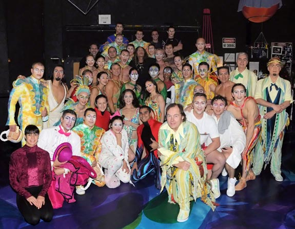 Steven Tyler and the cast of Mystère