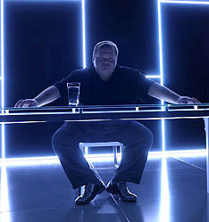Mike Daisey in The Agony And The Ecstasy of Steve Jobs (© Kevin Berne)