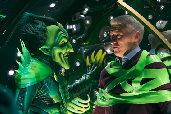 The Green Goblin, played by Patrick Page, kidnaps Anderson Cooper (© Jacob Cohl)